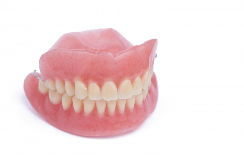an image of a full set of dentures completely intact